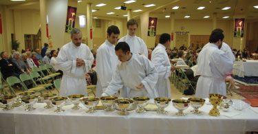 Ricardo, au centre de la photo (photos: courtoisie Séminaire Redemptoris Mater).