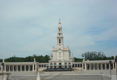 Photo: Sanctuaire Notre-Dame-de-Fatima, Portugal (Wikimedia- CC)