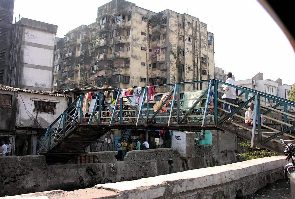Photo: Mumbai (John Hurd, Wikimedia - CC).
