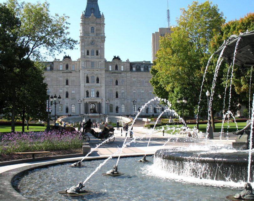 Parlement du Québec, Québec. Photo: Gilbert Bochenek (Wikimedia Commons).