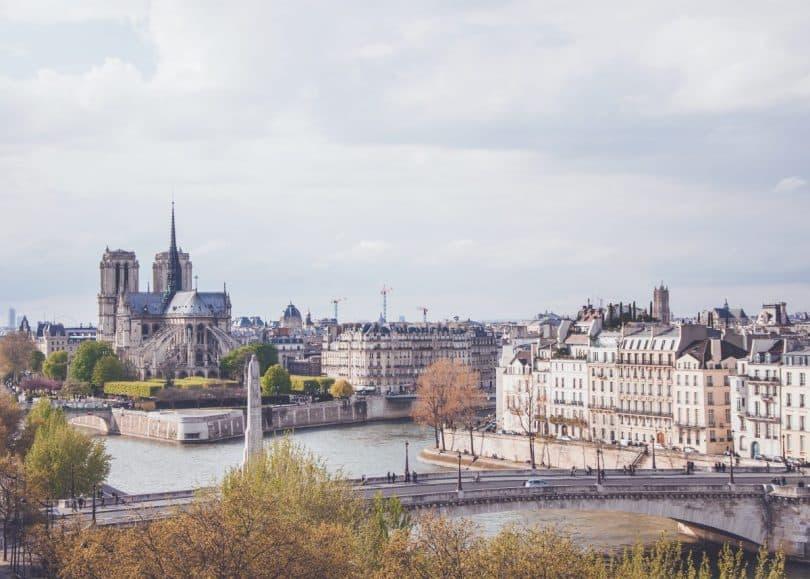 Notre-Dame-de-Paris, France (photo: Paul Dufour / unsplash.com).