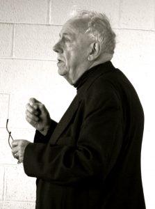 Alasdair MacIntyre (Wikimedia Commons).