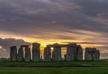 Stonehenge, Royaume-Uni (Jack B. / unsplash.com)